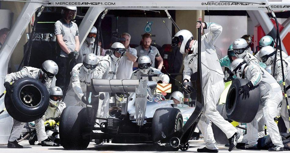 Formel-1-Boxenstopp Der Hälfte des Starterfelds droht die Pleite