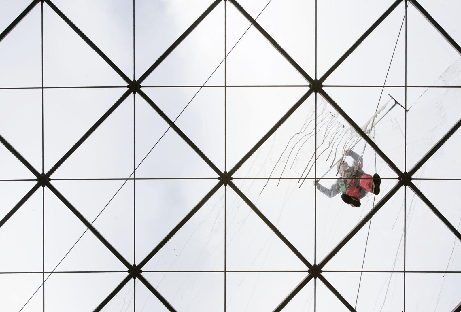Mindestlohn/ Niedriglohn/ Fensterputzer