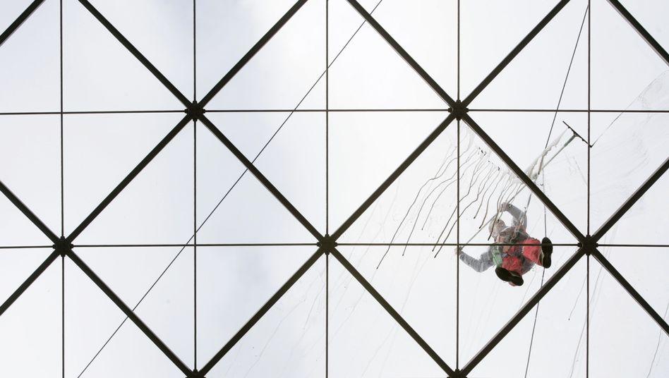 Gebäudereiniger: Bis zu acht Millionen Deutsche arbeiten im Niedriglohnsektor