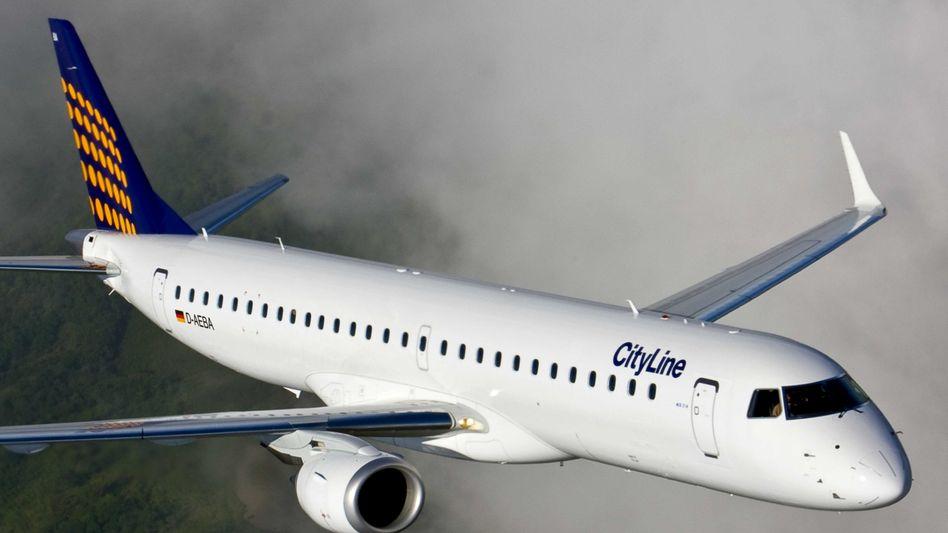 "Flugzeug-Typ Embraer E-195: Ein Modell heißt bald ""Marktl"""