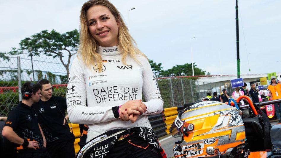 Sophia Flörsch vor ihrem Crash auf der Strecke von Macau. Ein Jahr später wird sie wieder dort starten