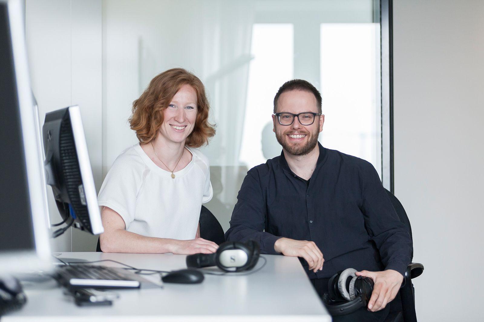 EINMALIGE VERWENDUNG Spiegel Online Portraits Podcast / Teresa Sickert und Fabian Reinbold