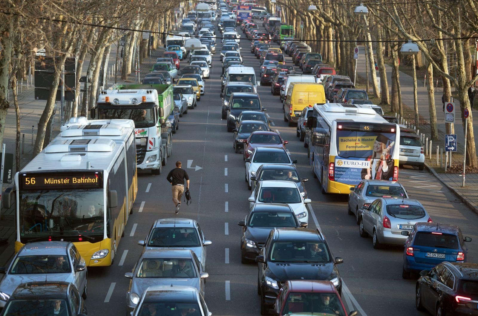 Autostau / Innenstadt