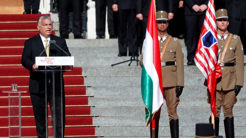 Orbán bei der Einweihung des Denkmals am 20. August in Budapest