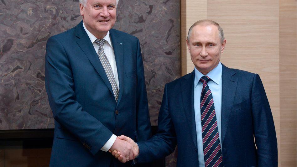 Seehofer, Putin im Februar 2016 in Moskau