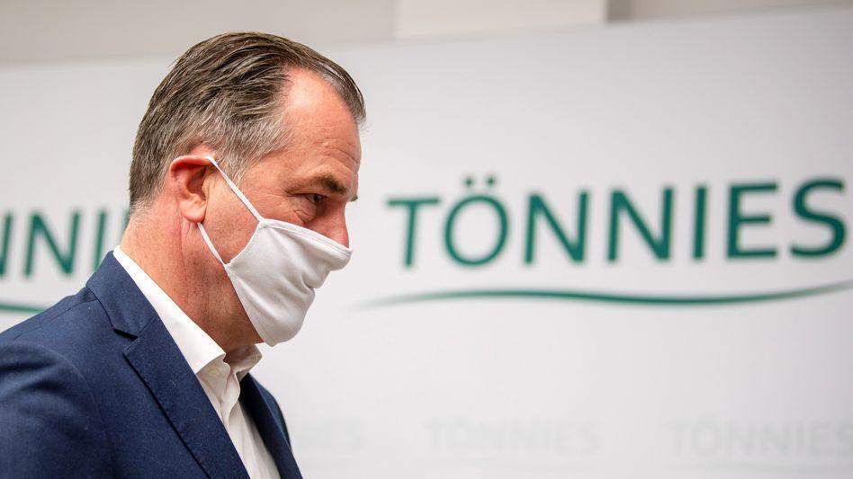 """""""Ich mach' mich nicht aus dem Staub"""": Unternehmer Clemens Tönnies"""