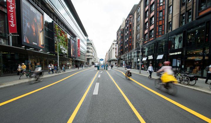 Radwege in Berlin: Das Auto solle weniger wichtig und unattraktiver werden
