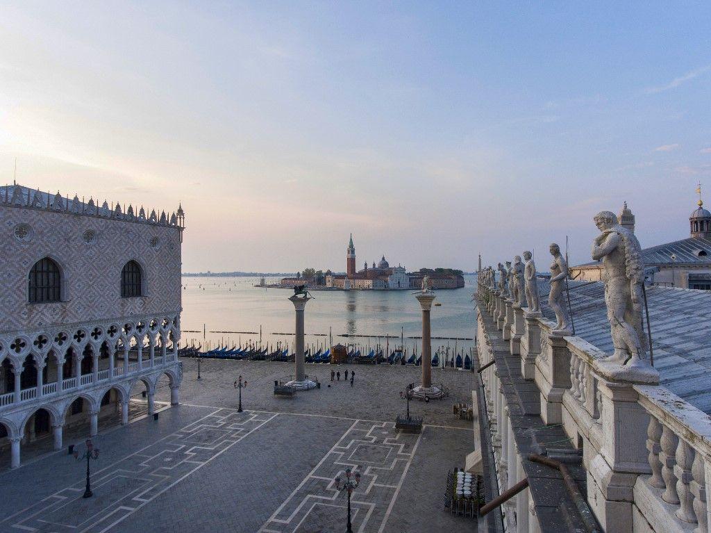 ITALY-HEALTH-VIRUS-VENICE-AWAKENING