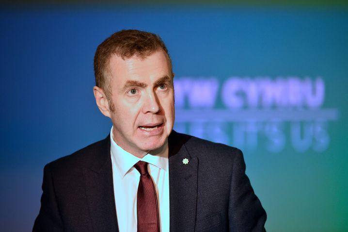 Adam Price, Parteichef der Plaid Cymru: »Die Labour-Regierung, die sich einst für Familien wie meine eingesetzt hat, hat versagt«