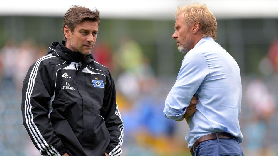 """HSV-Sportchef Kreuzer (l.), Trainer Fink: """"Unser Beschluss bleibt bestehen"""""""