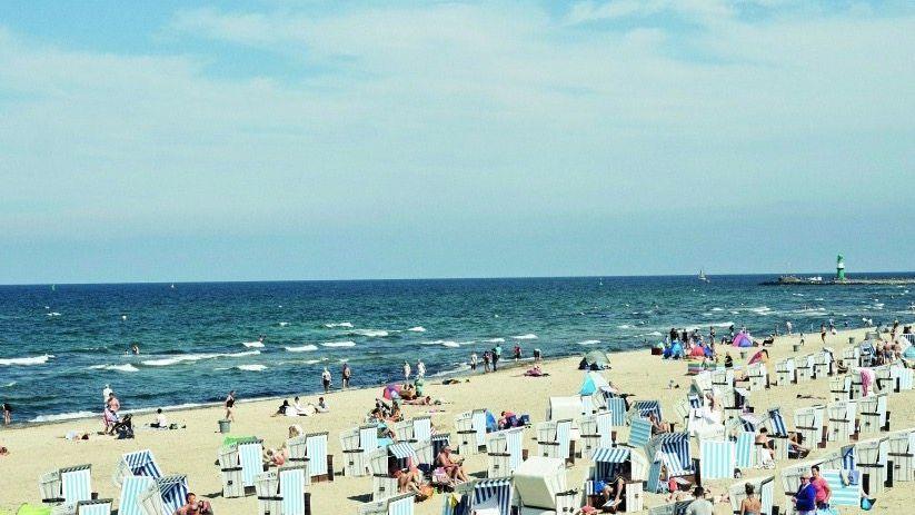 Strandkorb-Urlauber in Warnemünde: »Deine Heimat ist das Meer«