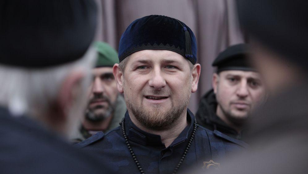Ramsan Kadyrow: Goldner Colt, gigantisches Ego