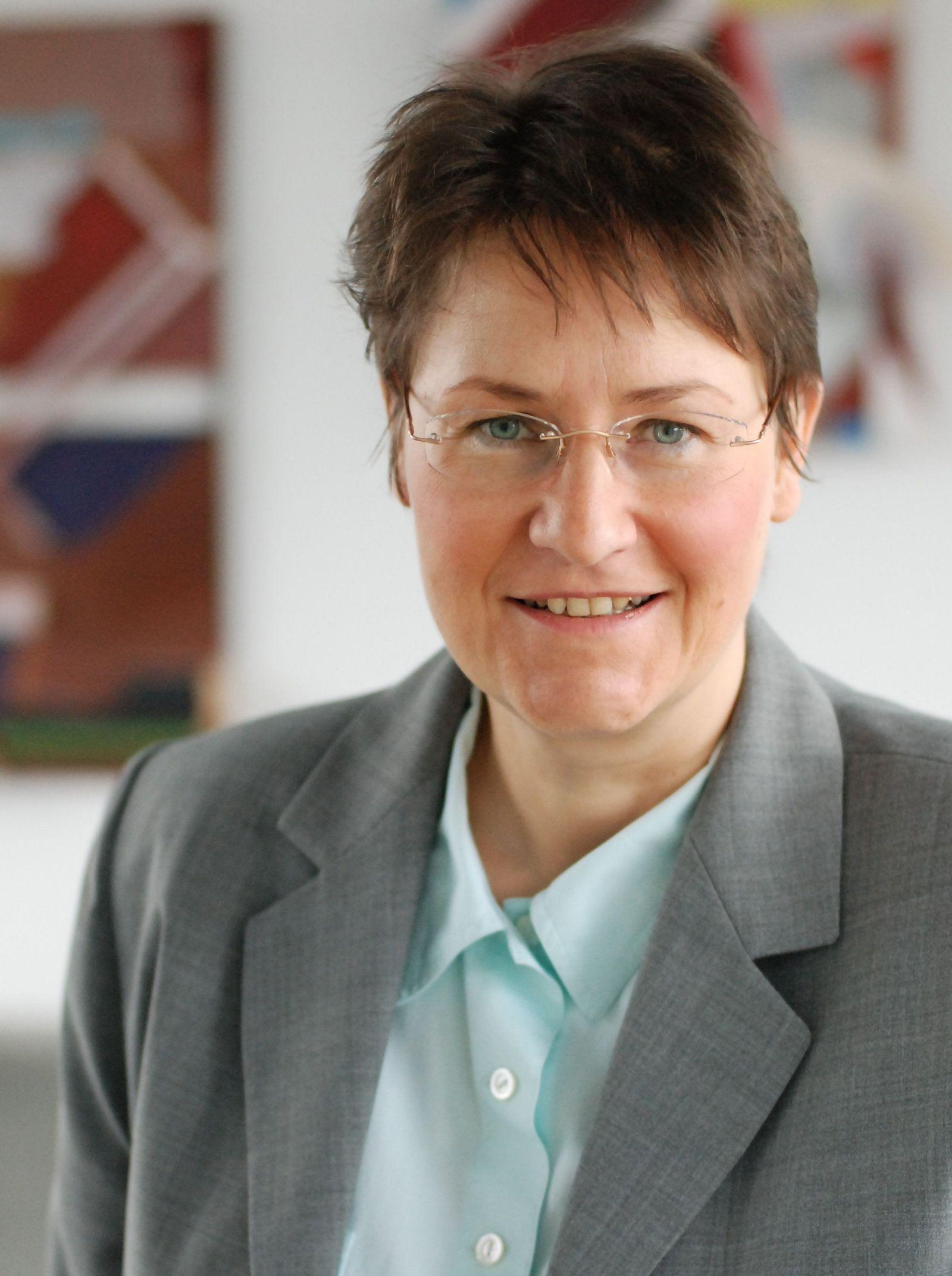 EINMALIGE VERWENDUNG KaSP Chef auf Zeit - Interim Management TMN
