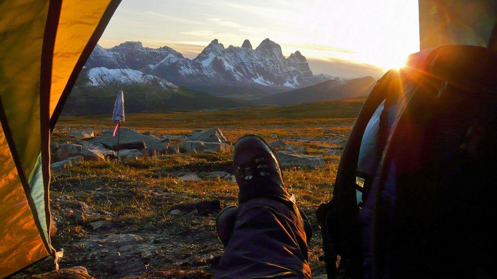 Kanadas schönste Nationalparks: Bisons, Bären und immer wieder Berge