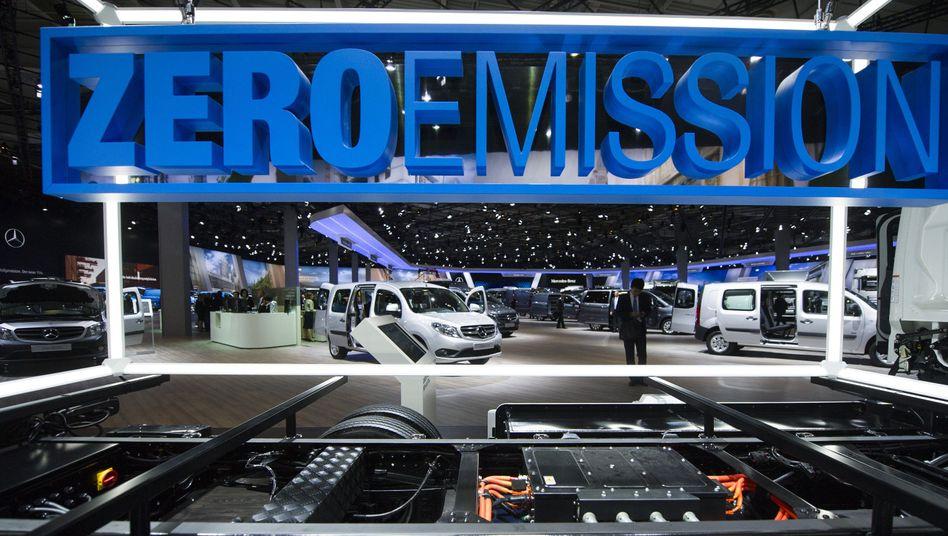 Daimler-Stand auf der IAA: Keine Wende nur über den Konsum
