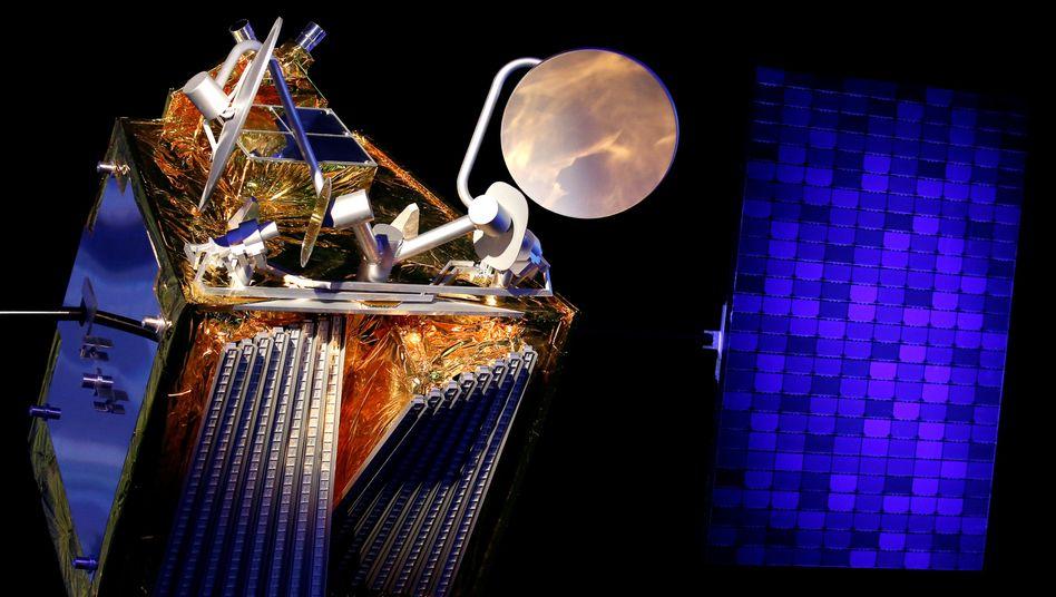 Modell eines OneWeb-Satelliten