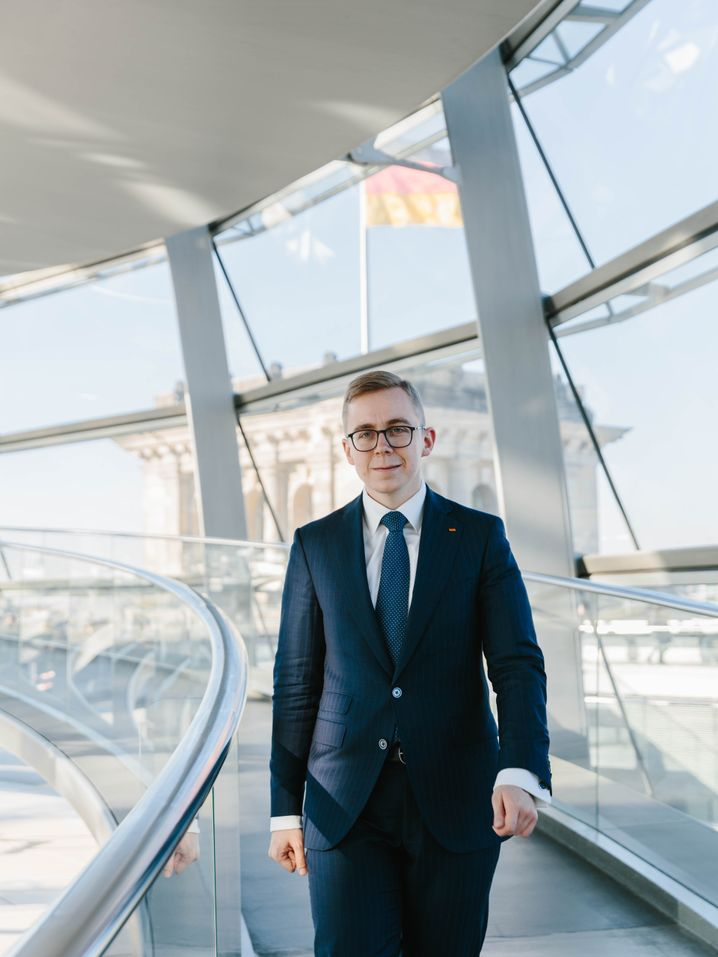 """CDU Bundestag representative Philipp Amthor: """"My opinion often differs from both an emotional and a security policy standpoint."""""""