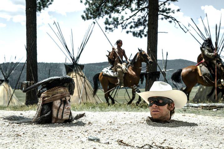 """Mit """"Lone Ranger"""" landete Johnny Depp (links) den größten Flop seiner Karriere"""
