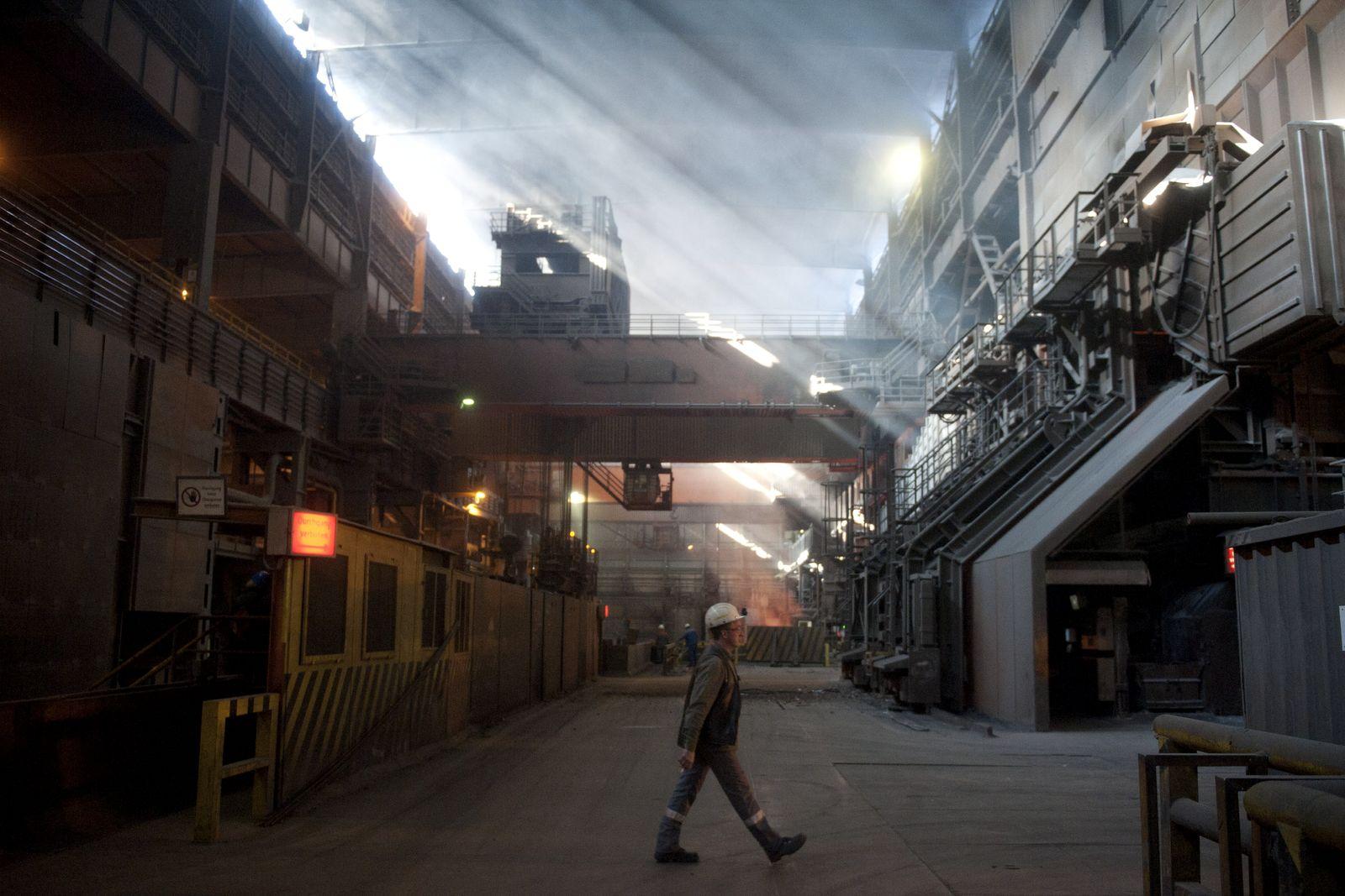 NICHT VERWENDEN Konjunktur/ Stahlwerk