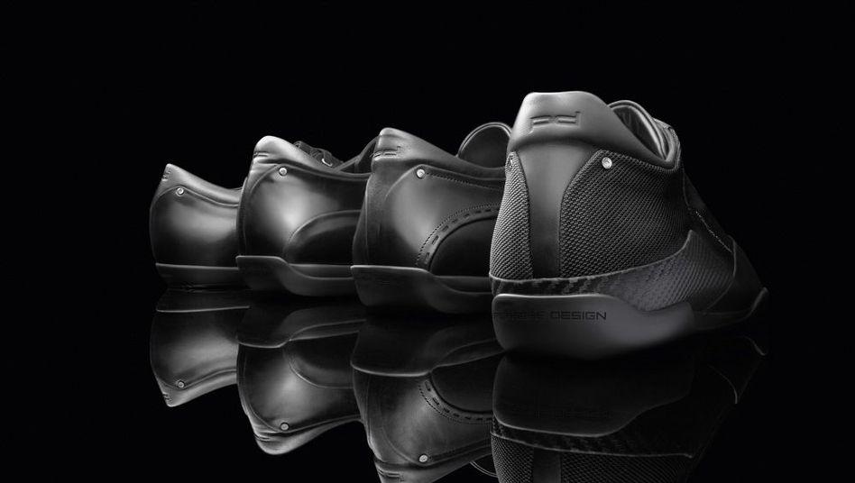 Schuhe von Porsche: Vier verschiedene Leistenformen bietet Porsche Design ab dem kommenden Frühjahr an - und sämtliche Schuhe sind mit offengelegter Gelenkfeder ausgestattet sowie mit speziellem Sohlenprofil für Gas- und Kupplungsfuß