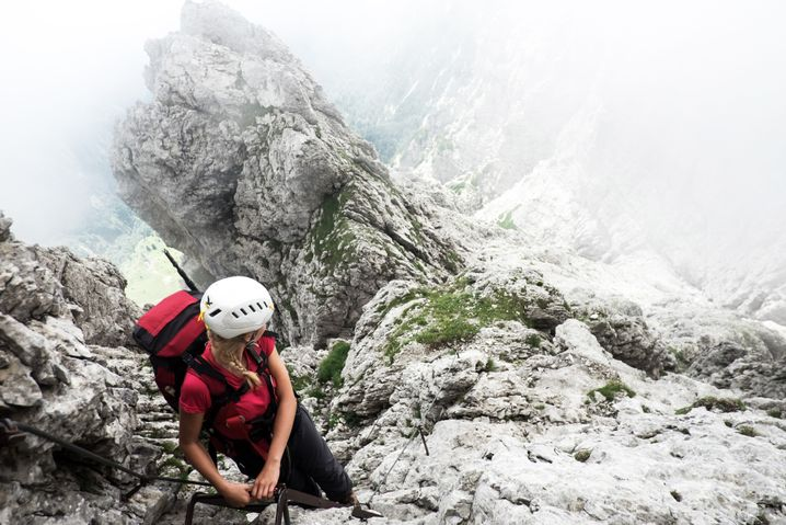 Die schwierigste Stelle des Traumpfads: der Klettersteig der Schiara