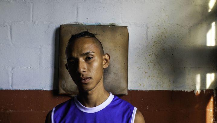 Boxklub in Medellín: Schwäche zeigen ist keine Option
