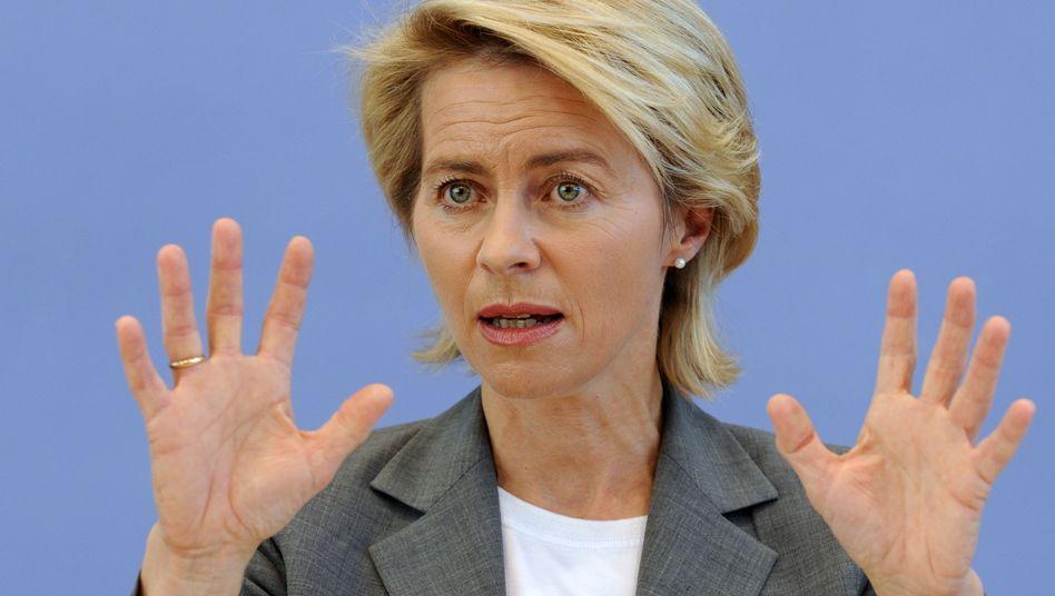 """Bundesarbeitsministerin Ursula von der Leyen: """"konsequenteste Form des Förderns und Forderns"""""""