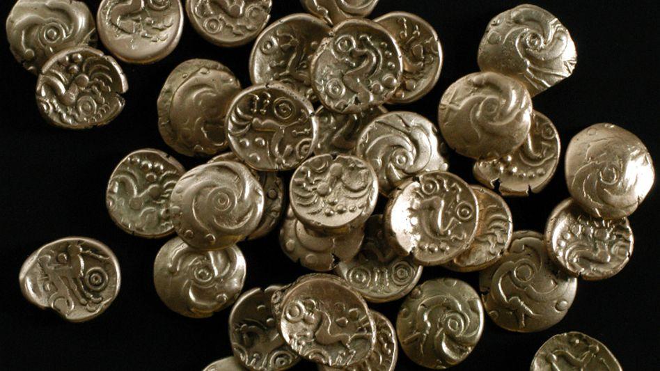 2008 fanden Archäologen auf einem Acker in Maastricht einen zwei Jahrtausende alten keltischen Münzschatz. Nun hat ein Däne in der Nähe von Jelling einen ähnlichen Sensationsfund gemacht