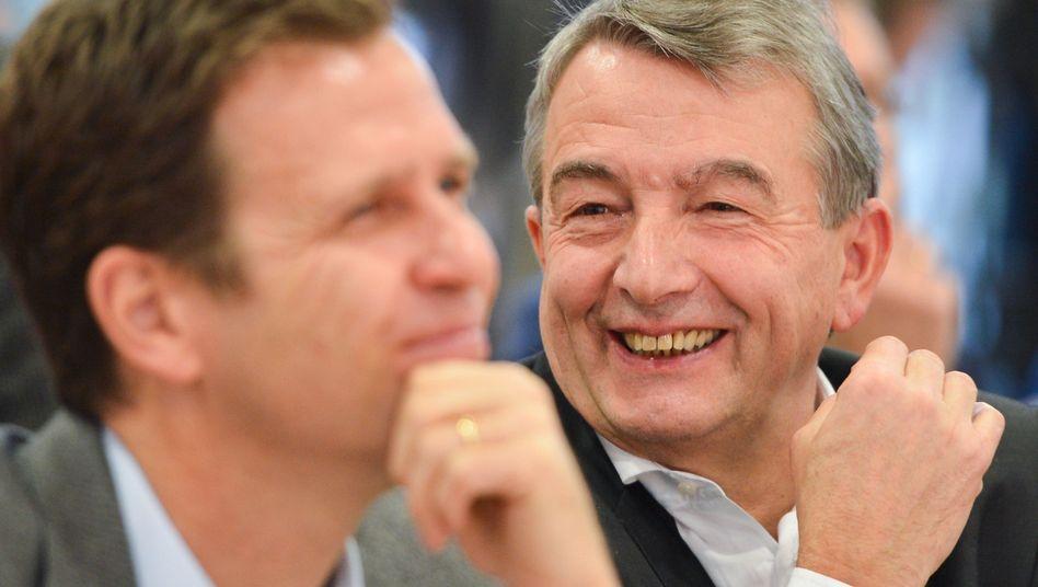 Präsident Niersbach (r.): Nationalmannschaftsmanager Bierhoff: DFB 2024