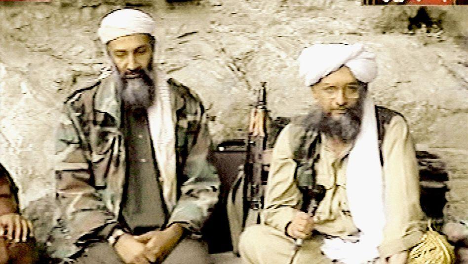"""Amir Bin Laden mit Vize Sawahiri (vermutlich 2001): """"Es gibt eine Nachfolgeregelung"""""""