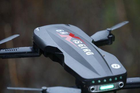 Überraschend unkompliziert: Mit der HolyStone-Drohne kommen selbst Anfänger schnell in ungekannte Flughöhen