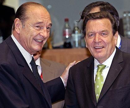 Chirac, Schröder beim Gipfel in Brüssel: Wer bekommt den Schwarzen Peter?