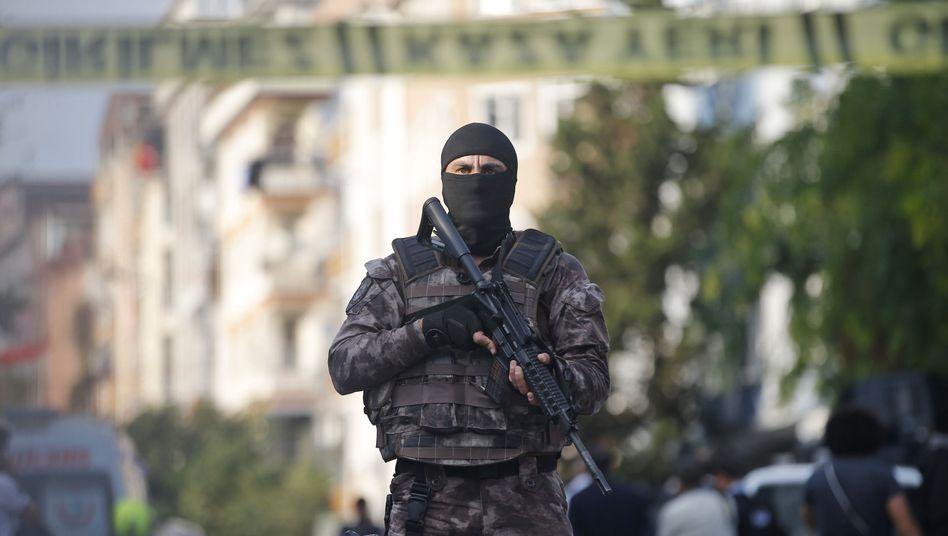 Türkischer Polizist (Symbolfoto)