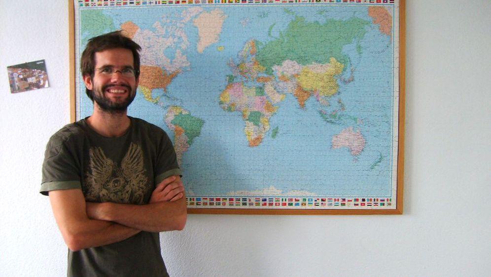 Helfer: Wo geht's denn hier ins Ausland