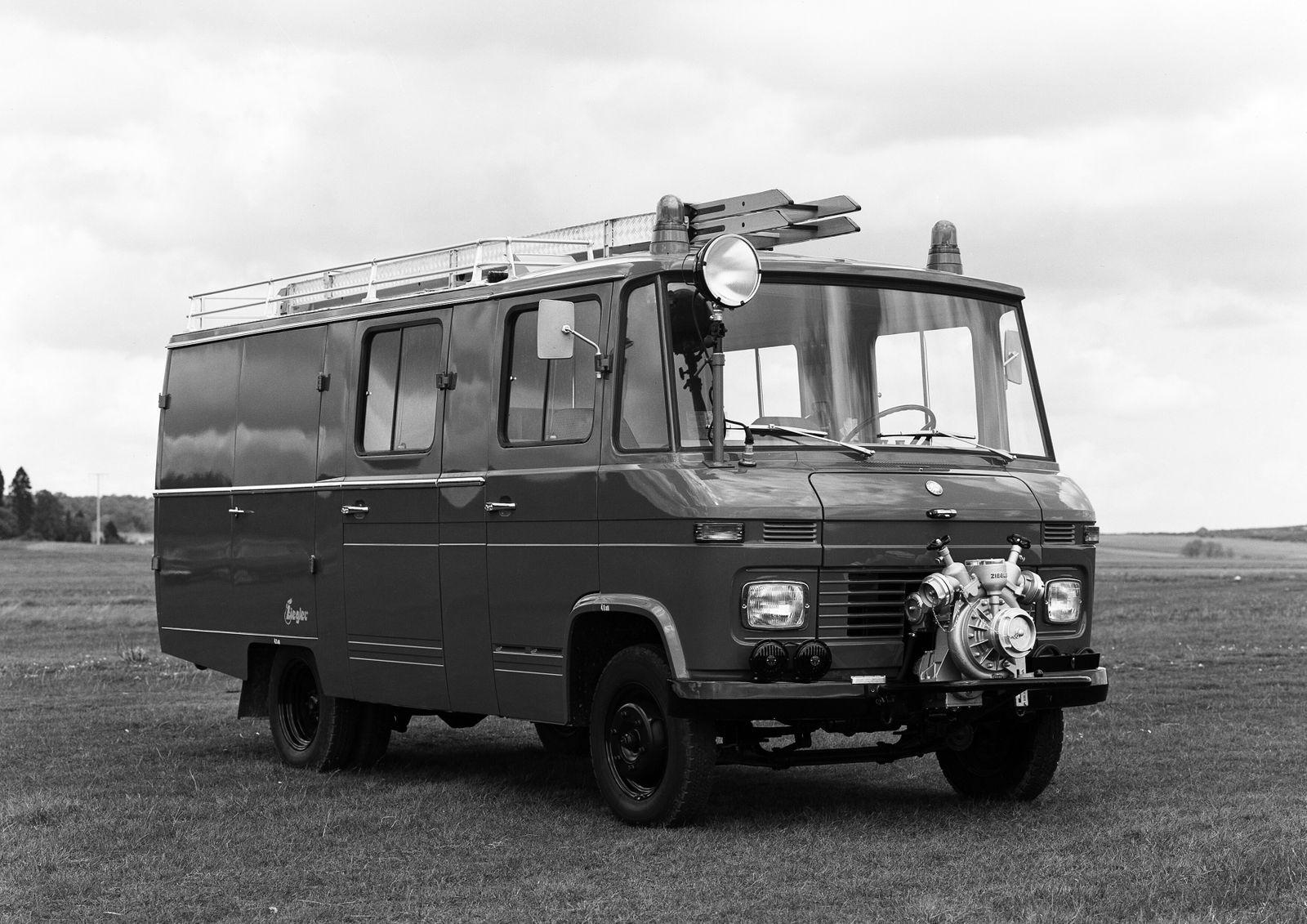 Mercedes-Benz L 406 / L 408