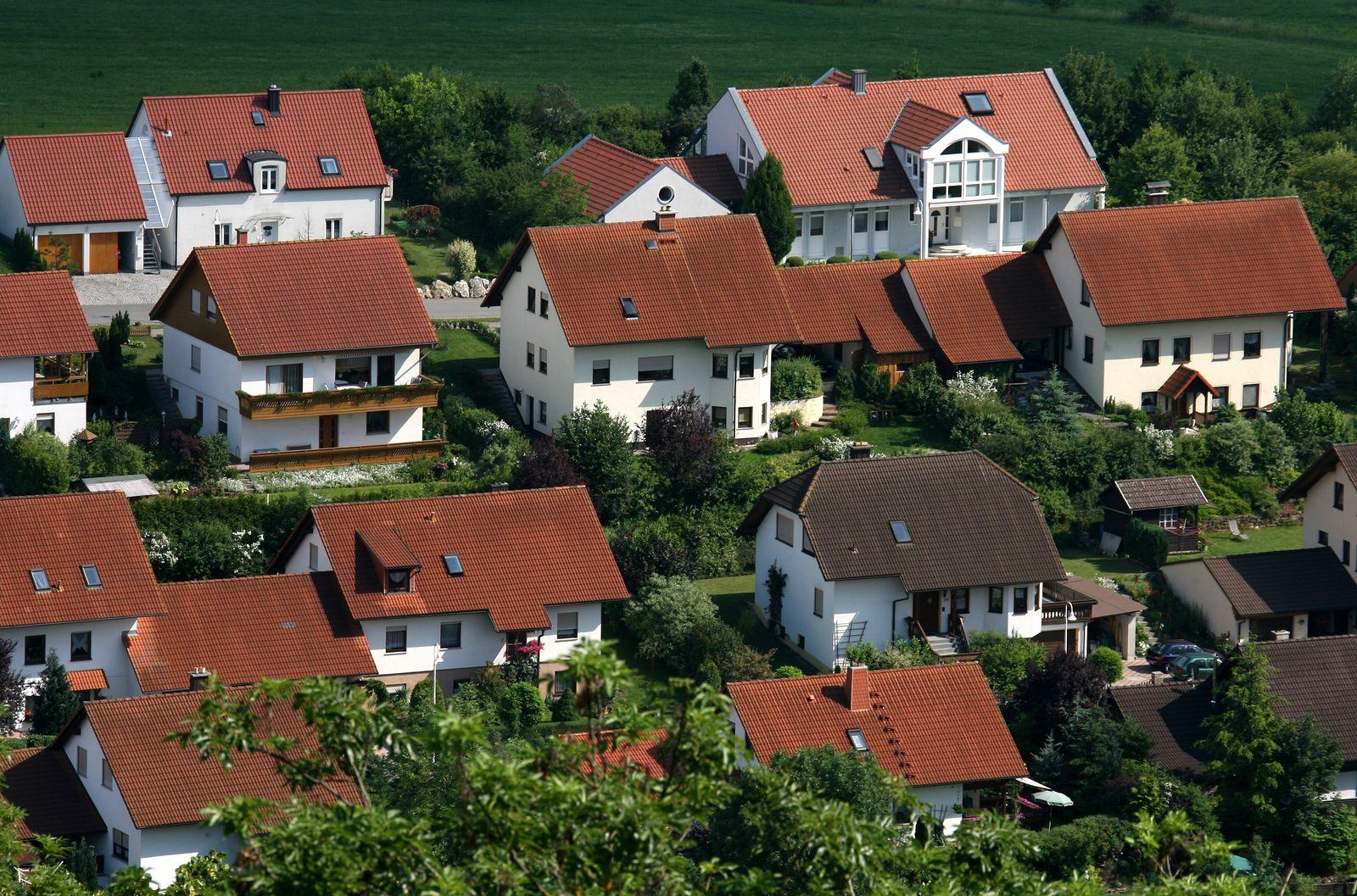 Immobilien/ Neubausiedlung/ Einfamilienhuser