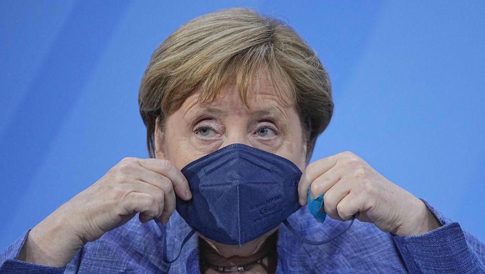 Angela Merkel nach der Ministerpräsidentenkonferenz