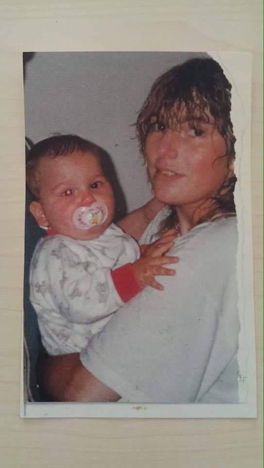 Marco als Baby mit seiner Mutter Gina