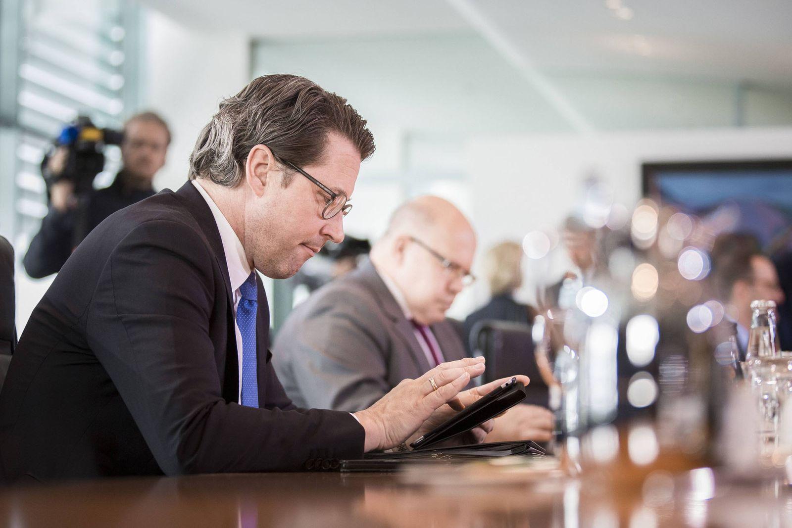 EINMALIGE VERWENDUNG AUFMACHER Bundesverkehrsminister Andreas Scheuer CSU aufgenommen im Rahmen der woechentlichen Kabinettssitzu