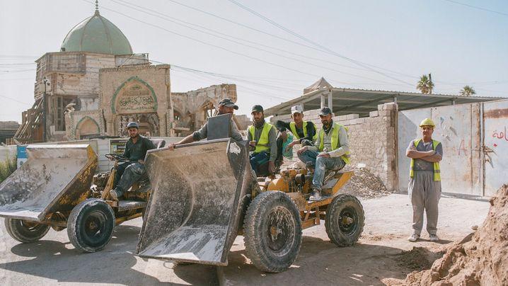 Traktoren statt Panzer: Der Wiederaufbau von Mossul