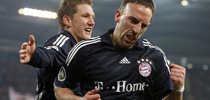 Torschützen Ribéry (r.), Schweinsteiger: Spaziergang im Trainingsspiel