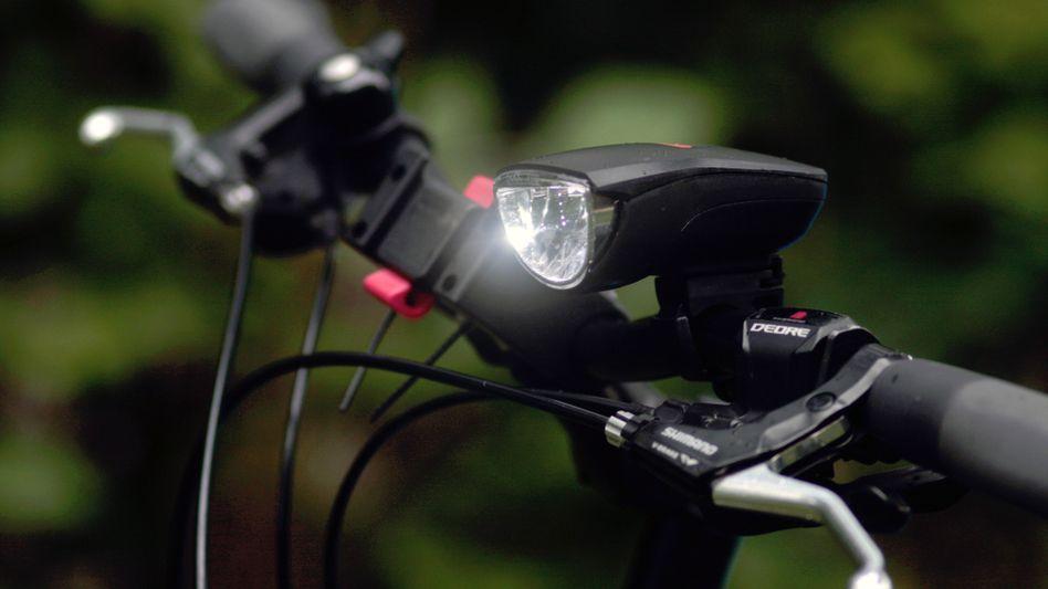 Aufsteckbare Akkulampe am Fahrradlenker: Vermutlich bald erlaubt