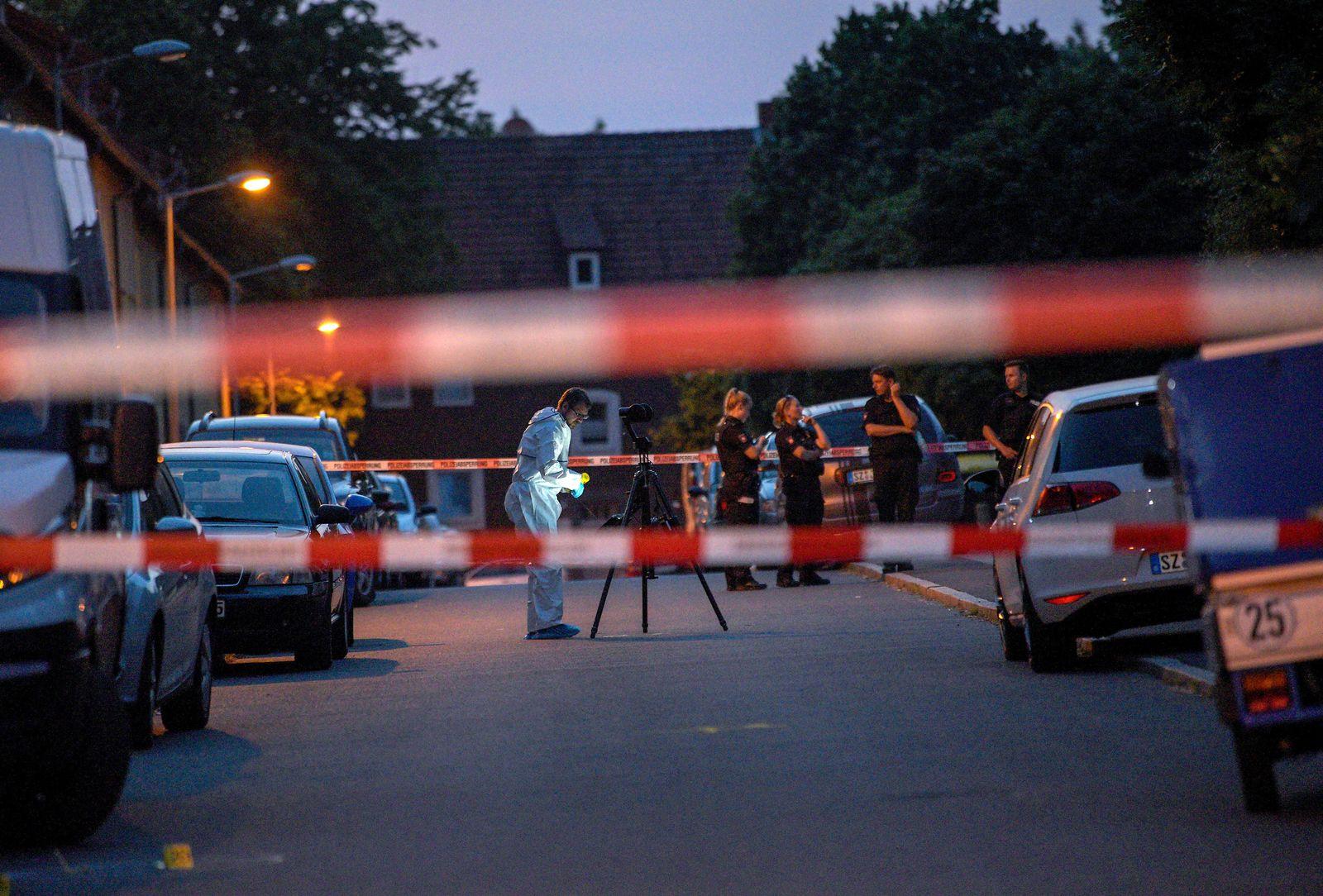 Frau auf Straße erschossen/ Salzgitter