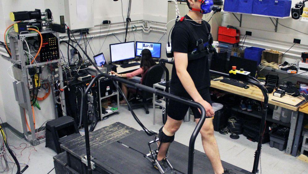 Exoskelett: Gehen wie eine Maschine
