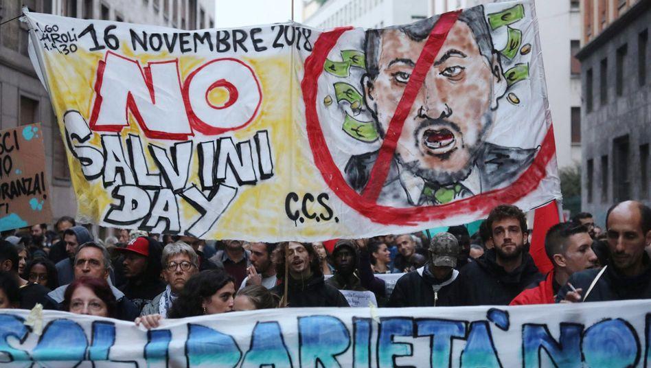 Anti-Salvini-Proteste in Mailand