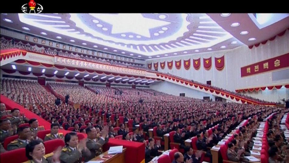 Parteitag im nordkoreanischen Staatsfernsehen