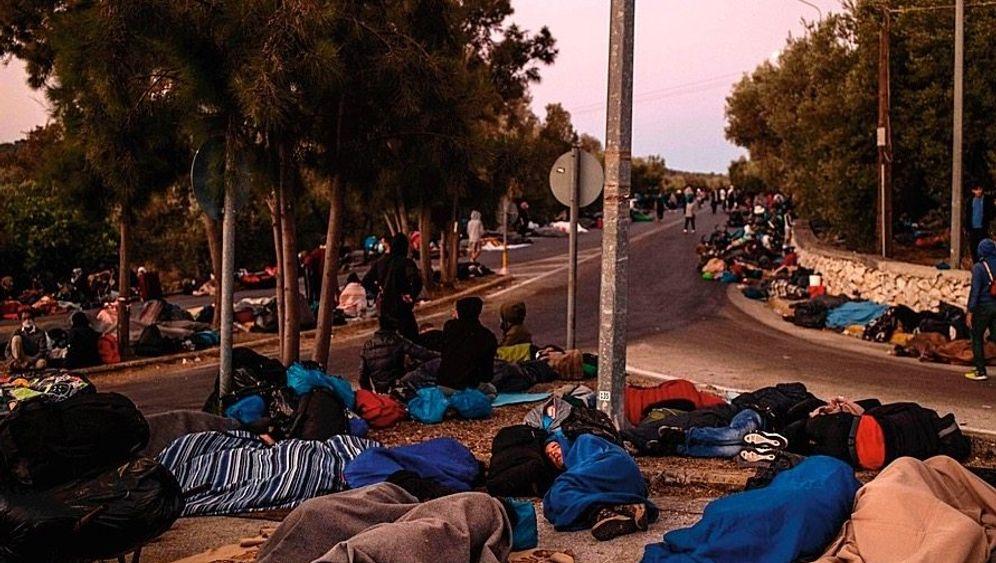 Obdachlose Flüchtlinge aus dem Camp Moria