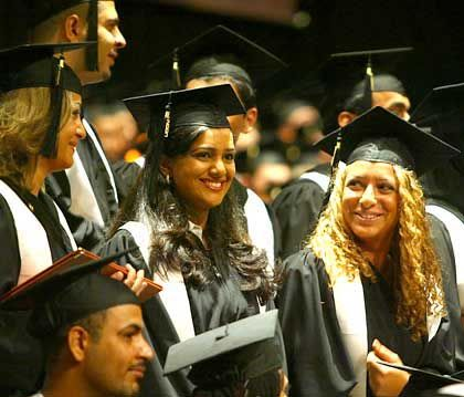 Absolventen (amerikanische Uni in den Vereinigten Arabischen Emiraten): Deutschland hängt zurück