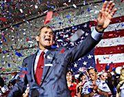 George W. Bush im Wahlkampf 2000: Vorteil durch Pole Position auf dem Stimmzettel