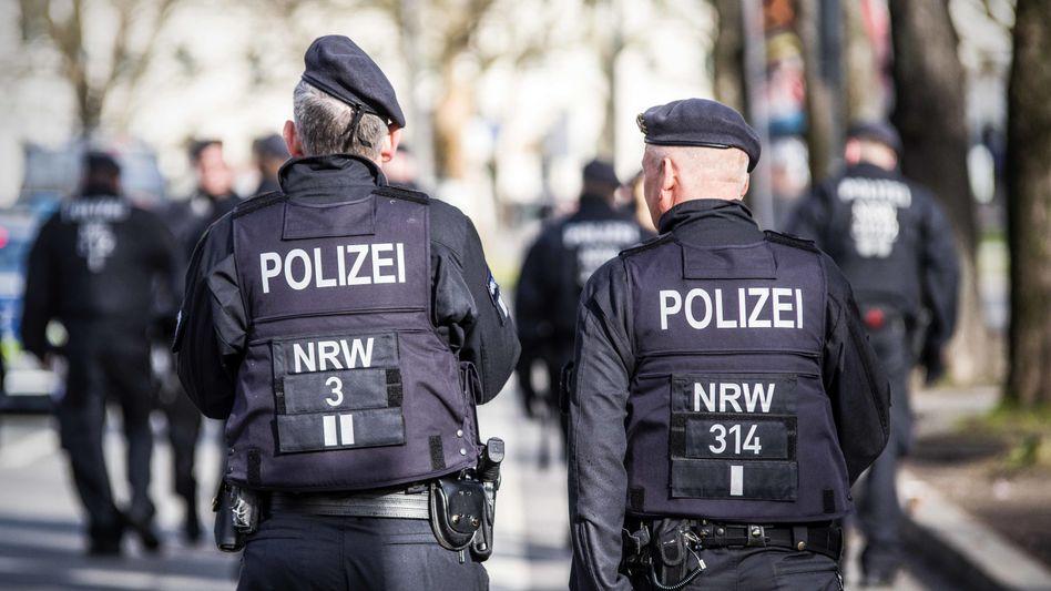 Nordrhein-westfälische Polizisten (Symbolbild)
